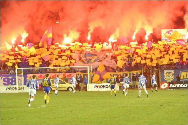 PP Arka - Lech, 28.11.2004 (11)